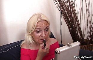 Nach einem blowjob gratis video von reifen frauen in nylons schöne Brünette schlucken cum Kuchen