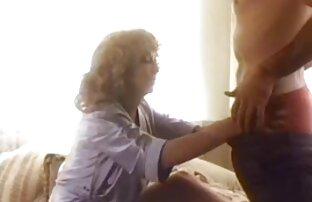 Ich reife frauen free video fick Hure in kurzen Rock in der Küche und rasiert