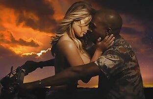 Blonde Lina Napoli bevorzugen eine gratis video von reifen frauen in nylons intime Beziehung
