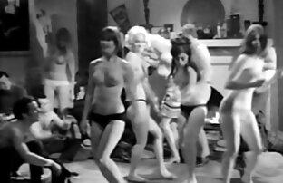 Lassen Sie sich nicht eine schöne Frau masturbieren vor der Kamera und sanften sex mit porno video reife frauen einem Mädchen